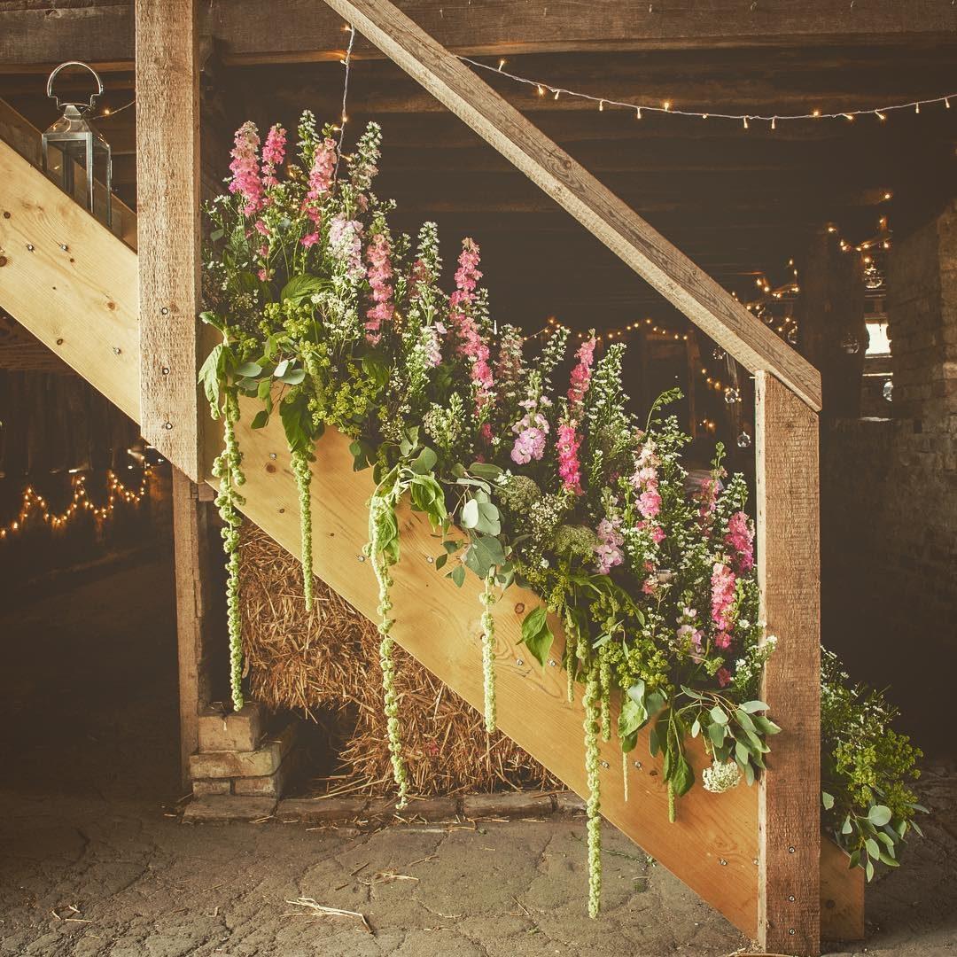 New Wedding Venue The Barns Lodge Farm Jane Maples Flowers